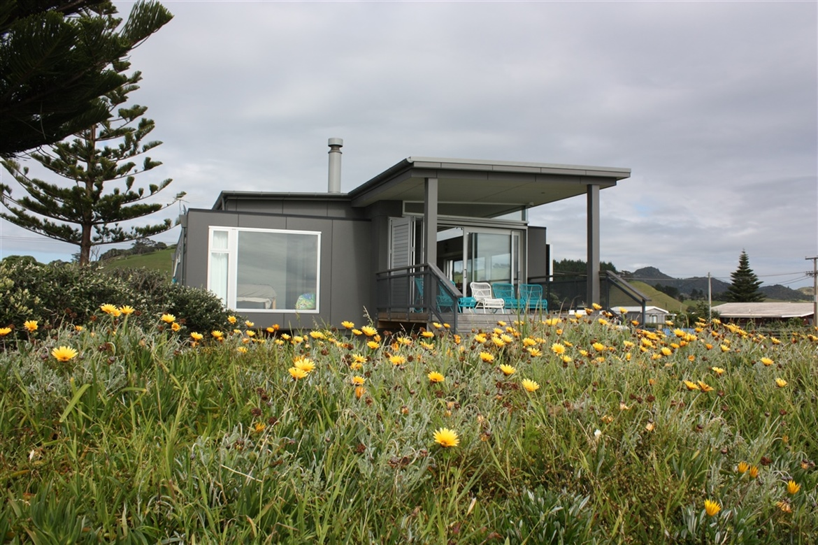 Architecturally designed beach dwelling Northland