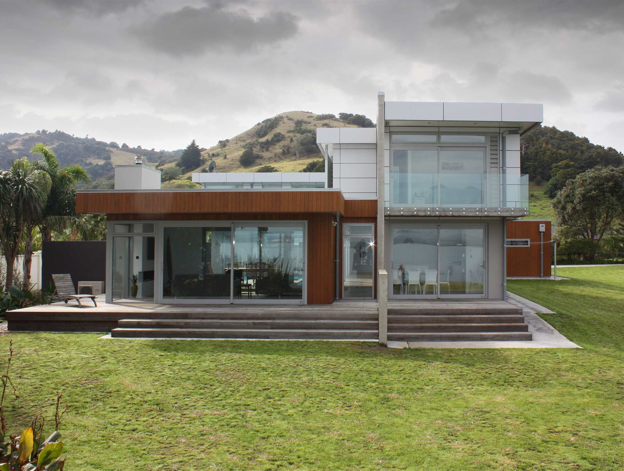 Architecturally design house on the Whangarei Harbour